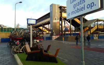 Met energiefietsen je telefoon opladen bij station Driebergen-Zeist